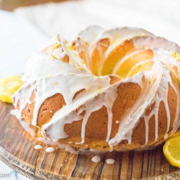 Lemon pound cake with cream cheese