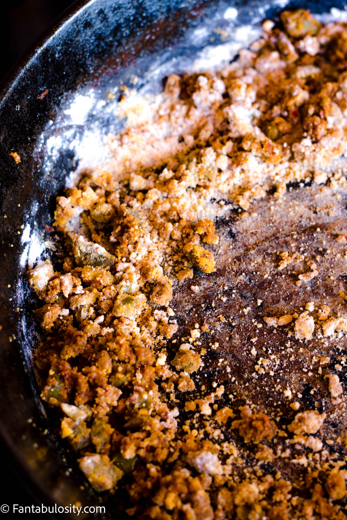 mixing flour in with chorizo